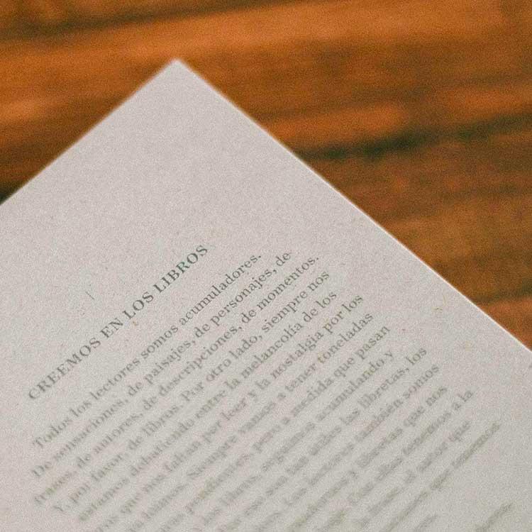 Pequeña bitácora cinematográfica - Creemos en los libros